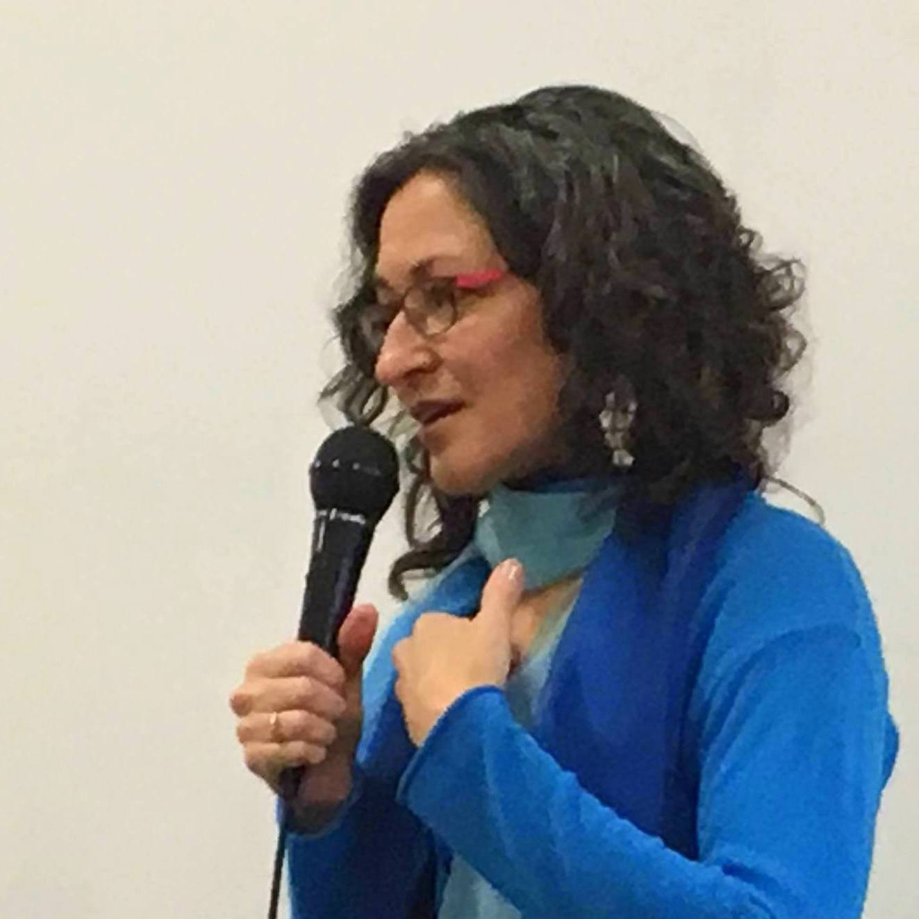 Image of Val Nelson speaking
